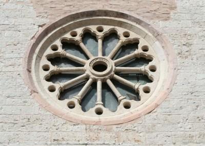 Costacciaro - Rosone Chiesa SFrancesco