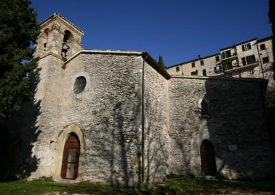 Fossato di Vico - Chiesa S Benedetto 1