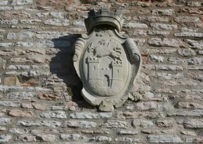 Fossato di Vico - Torre merlata 2