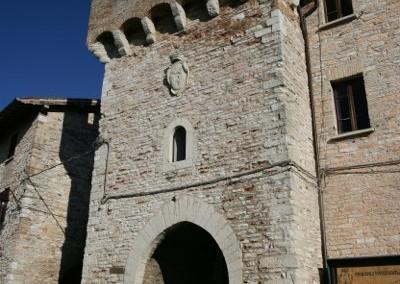 Fossato di Vico - Torre merlata