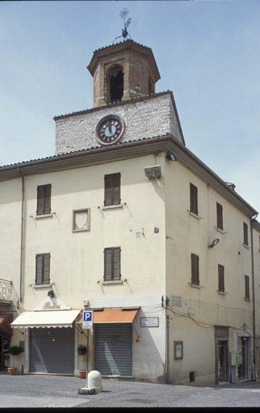 Gualdo Tadino - Torre Civica 1