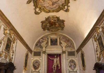 Gubbio - chiesettainterno
