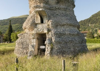 Gubbio - mausoleopomponiogrecino
