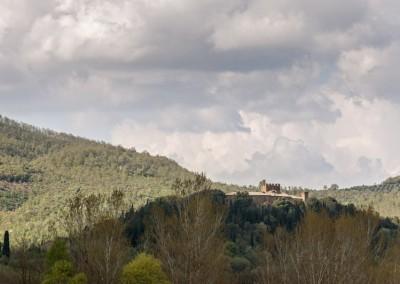 Lisciano Niccone - castello in collina
