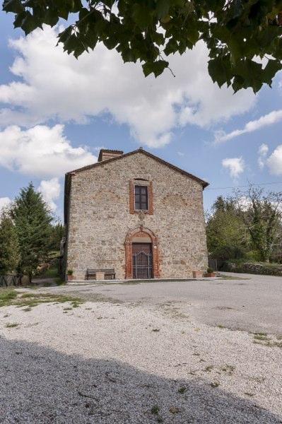 Lisciano Niccone - chiesa san niccolo