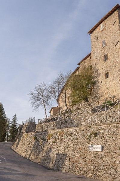 Monte Santa Maria Tiberina - borgo arroccato