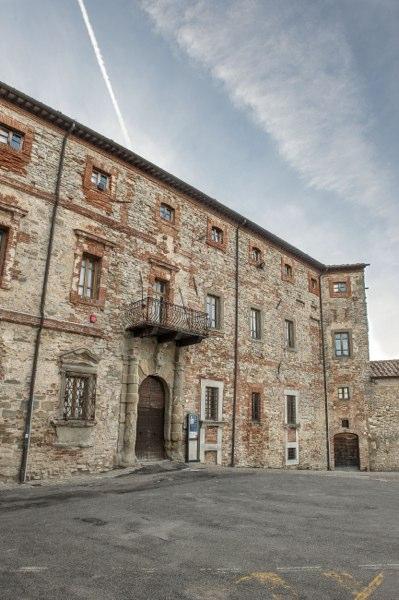Monte Santa Maria Tiberina - palazzo bourbon del monte