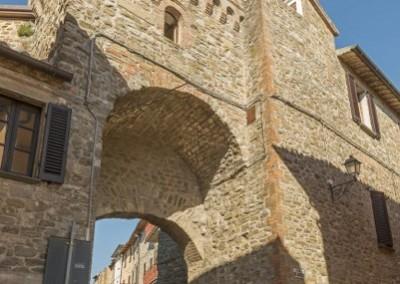 Valfabbrica - casacastalda ingresso castello