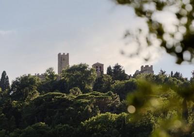 Valfabbrica - giomici castello sulla collina