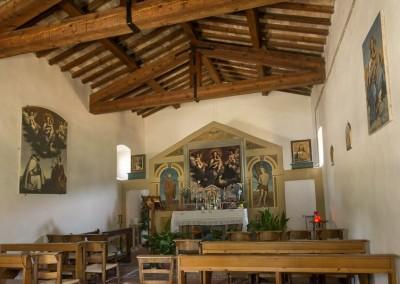 Valfabbrica - interno chiesa della madonna del chiascio